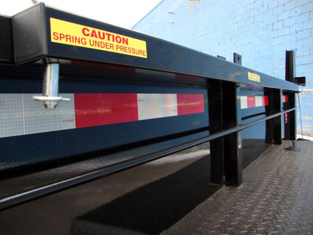 """Front Mount Dump Trailers - 7 ton """"Super""""™ Dump Trailer"""